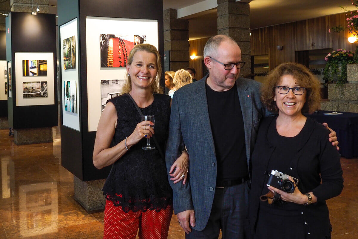Salzburg exhibition opening: Karin Kaufmann, Dr. Helga Rabl-Stadler, Robert Mertens, Heidi Simon